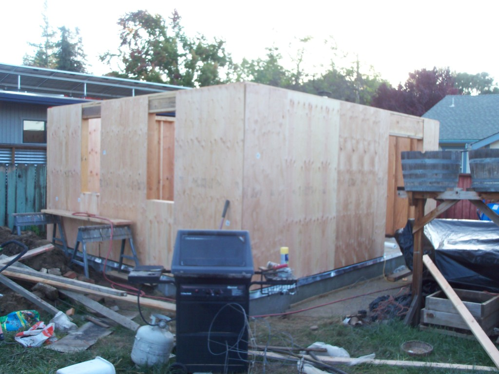 2011-11-15ShedProgress4.JPG